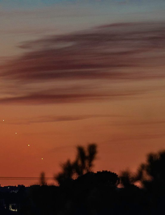 Venus at sunset Darshna Ladva, Mallorca, 16 October 2019. Equipment: Nikon D5500 DSLR, Altair 60EDF doublet refractor, Sky-Watcher Star Adventurer