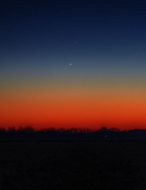 11 - Venus and Jupiter conjunction Robert B Slobins, Bloomfield, Wisconsin, USA, 23 November 2019 Equipment: Nikon D800E DSLR camera, Gitzo /Bogen mount