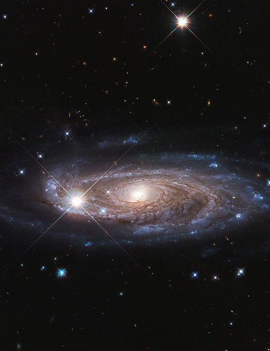 Massive galaxy UGC 2885 Hubble Space Telescope, 5 January 2020 Credit: NASA, ESA, and B. Holwerda (University of Louisville)