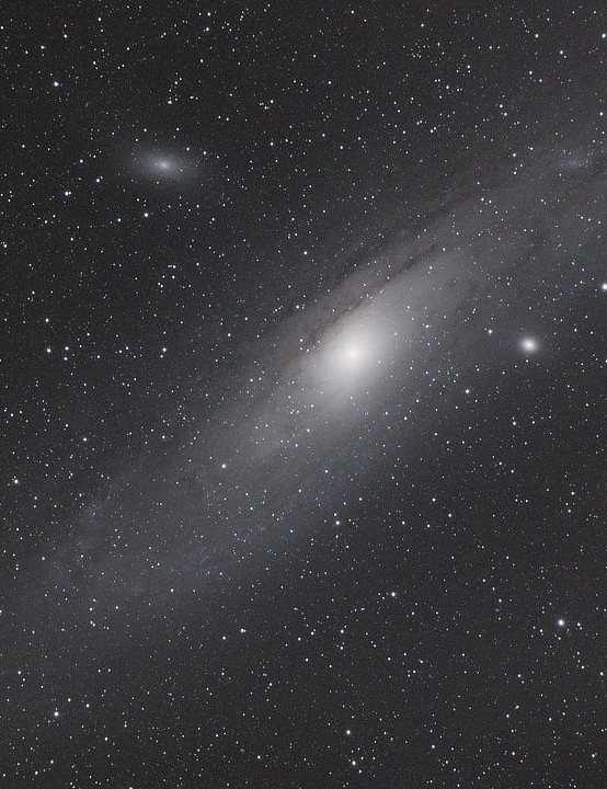 Andromeda Galaxy Nick Berry, Gloucestershire, 25 December 2019 Equipment: Canon 650D DSLR camera, SkyWatcher 72ED refractor, SkyWatcher HEQ5 Pro mount