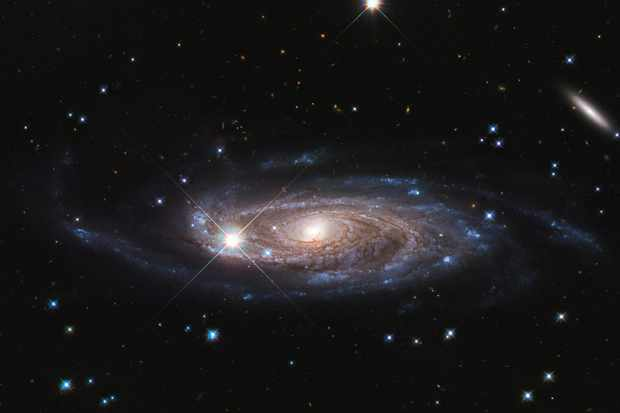 Hubble spies a galaxy 2.5 times the diameter of the Milky Way