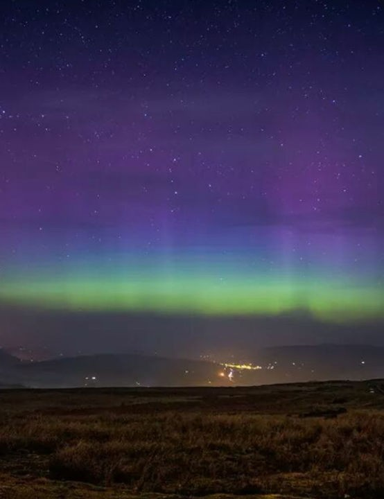 Welsh aurora Bethan Cayford, Blaenavon, South Wales, October 2015 Equipment: Samsung WB250F camera