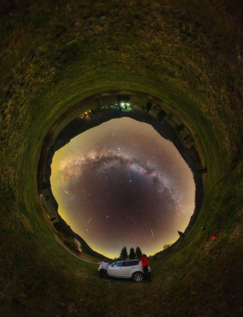 Lyrids, Milky Way & airglow Tomas Slovinsky, Zbojska, Slovakia, 21 April 2020. Equipment: Canon 6D DSLR, Sigma 28mm Art lens, Samyang 12mm lens, Sky-Watcher Star Adventurer mount