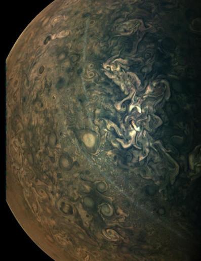 Hazes on Jupiter Juno, 17 February 2020. Credit: NASA/JPL/SwRI/MSSS; image processing by Gerald Eichstädt