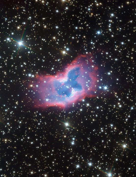 NGC 2899: double-lobed planetary nebula shines in VLT image. Credit: ESO