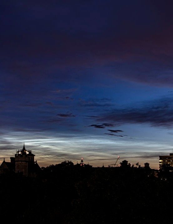 Noctilucent clouds over London Andy Parker, London, 17 June 2020. Equipment: Canon EOS M6 Mk2 mirrorless camera