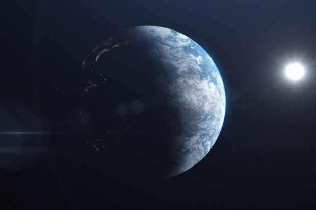 How does Earth orbit the Sun?