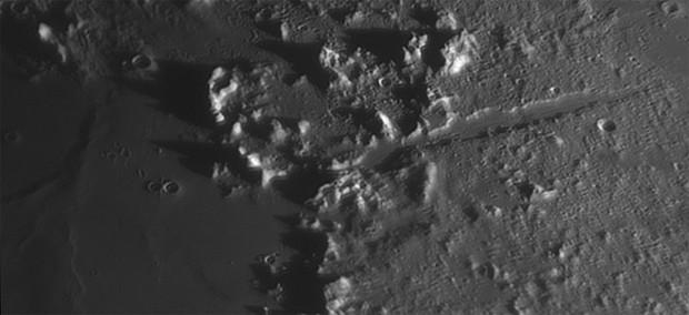 Vallis Alpes. Credit: Oliver Schneider / CCDGuide.com