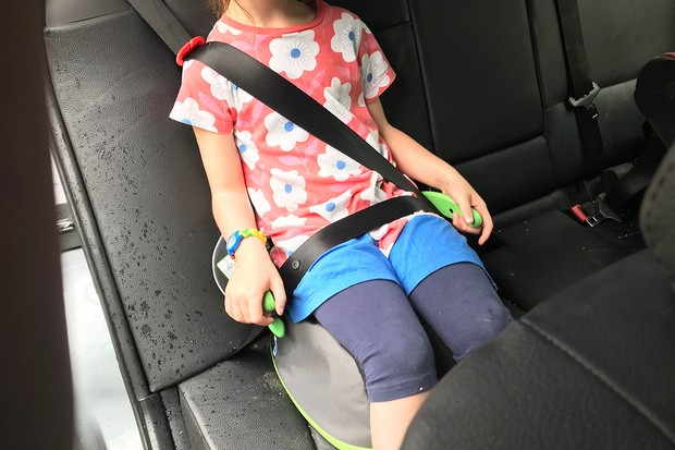 trunki-booster-seatbelt2