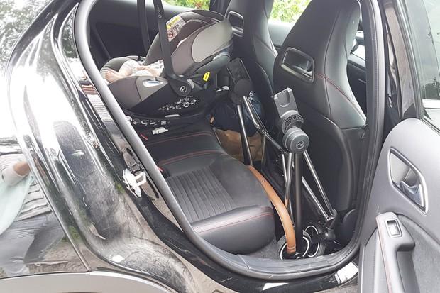 mios-car-fold-2
