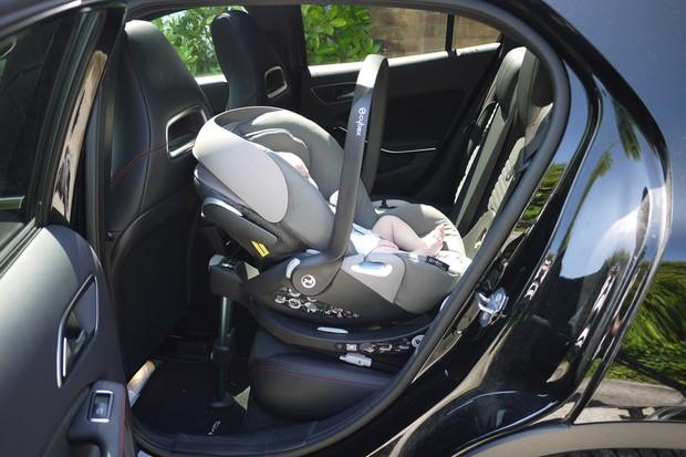 mios-car-seat3