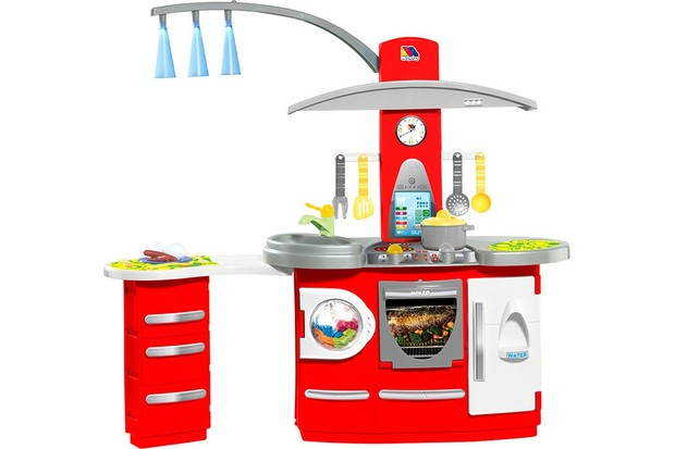 Molto Deluxe Kitchen with Lights