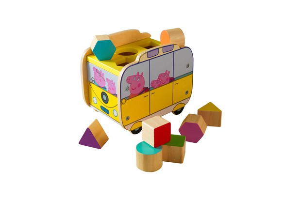 peppa pig wooden campervan
