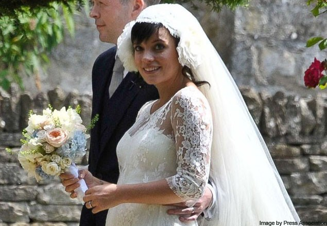 10-celebrity-mums-who-were-pregnant-brides_23375