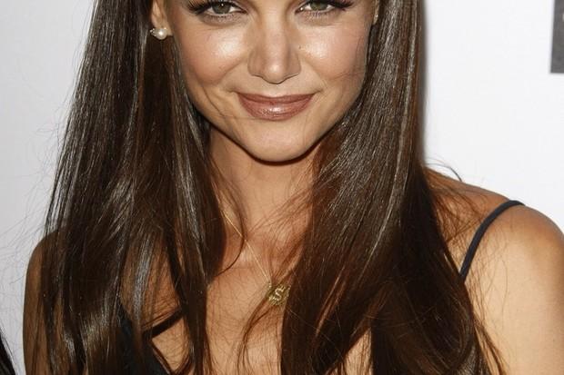 10-celebrity-women-who-keep-dodging-pregnancy-rumours_23729