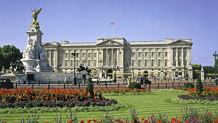 10-of-the-best-castles-and-palaces-for-families_15133