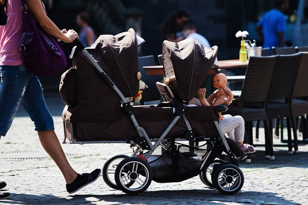 10-of-the-best-easy-to-fold-double-buggies_128436