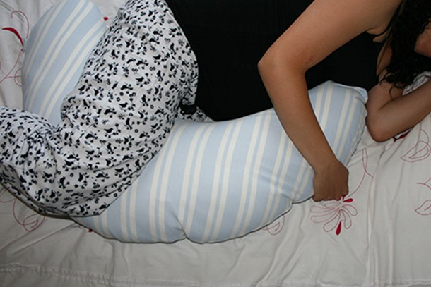 Best Pregnancy Pillows To Buy In The Uk 2019 Madeformums