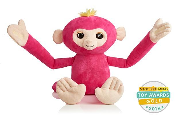 10-of-the-best-toys-for-6-year-olds_fingerlings-hugs-g