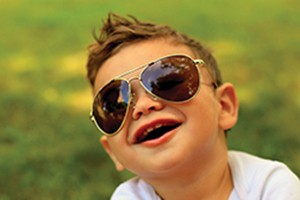 11-of-the-best-childrens-sunglasses_86456