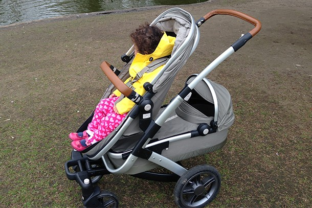 11-of-the-best-double-buggies-for-a-toddler-and-baby_140922