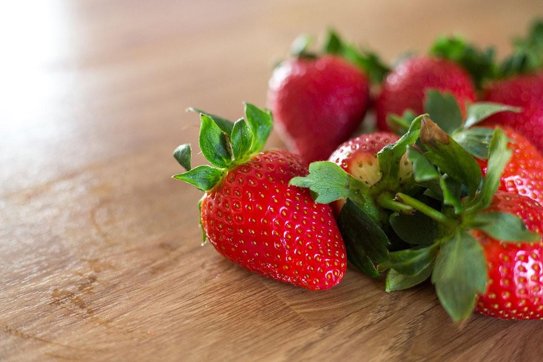 13-weeks-pregnant_week-13-strawberry