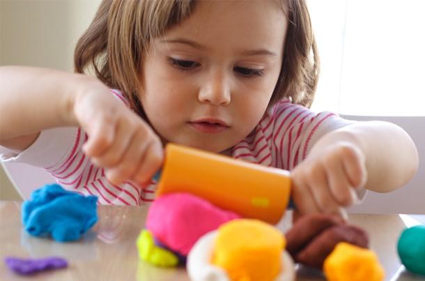 26-indoor-games-to-play-with-your-pre-schooler_56952