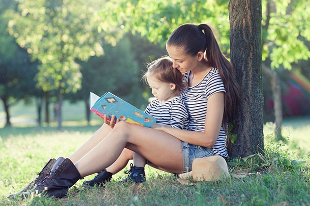 5-of-the-best-summer-holiday-reading-books_158599