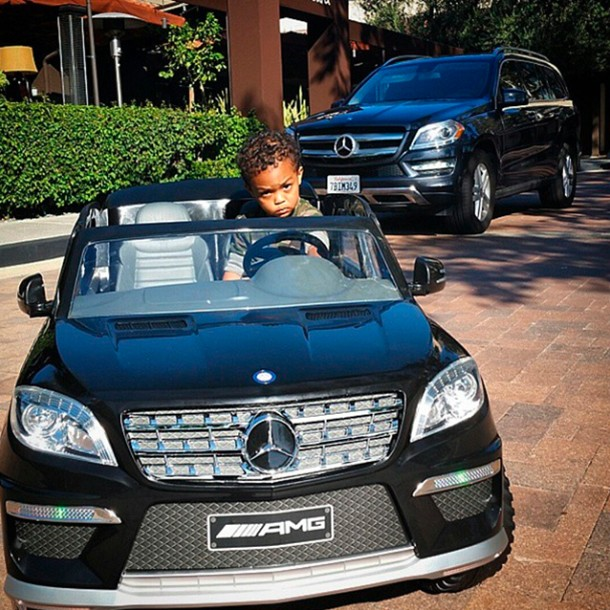 50-cent-buys-son-a-mini-mercedes-for-his-birthday_60406