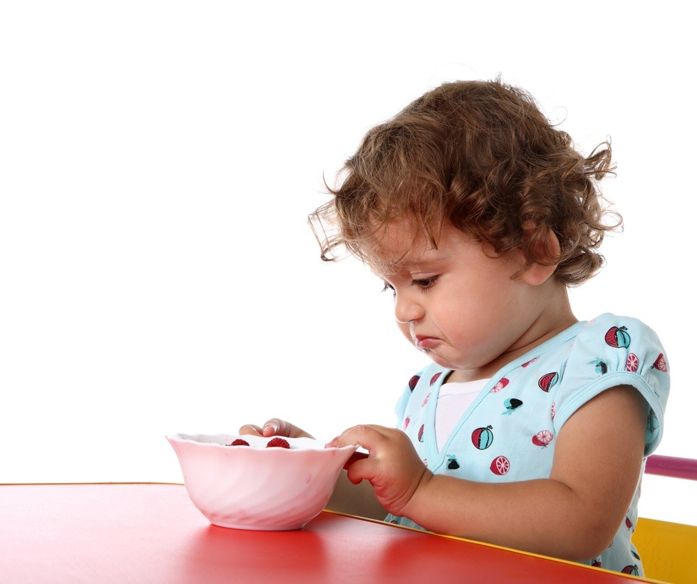 83-of-mums-lie-to-their-toddlers-at-dinnertime-study-reveals_15160