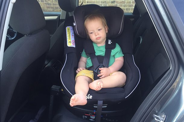 Rotating and swivel car seats for babies