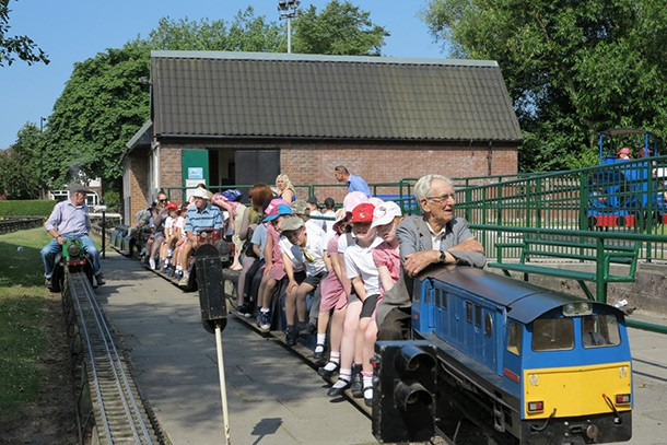 abbotsfield-park-miniature-railway-review-for-families_60894