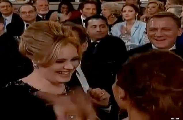 adele-and-robbies-wife-ayda-golden-globe-mums_44402