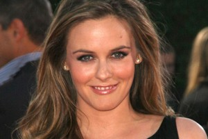 alicia-silverstone-why-giving-birth-is-sexy_55695