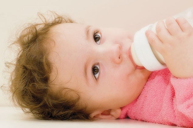 all-about-milk-breast-milk-cows-milk-and-formula_4483