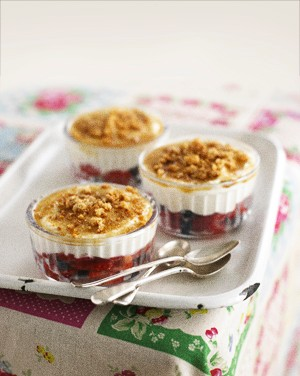 annabel-karmels-brulee-style-strawberry-dessert_73504