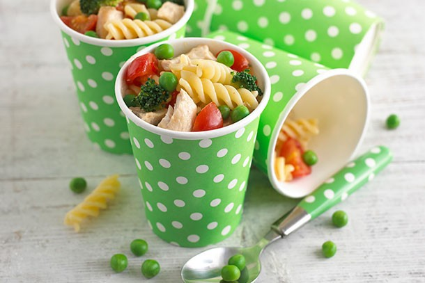 annabel-karmels-chicken-broccoli-pea-and-tomato-pasta_84134