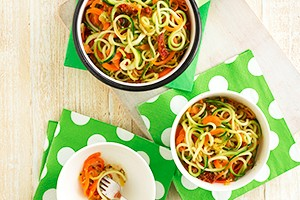 annabel-karmels-courgette-spaghetti-with-carrot-sunblush-tomato-and-pesto_142862