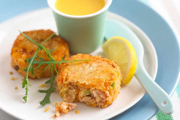 annabel-karmels-salmon-fishcakes-with-chilli_84136