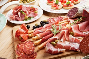 are-cured-meats-safe-to-eat-when-pregnant_59062