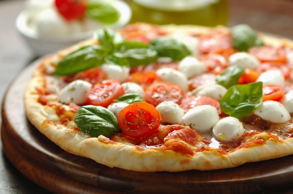 are-mozzarella-halloumi-and-feta-safe-in-pregnancy_53973