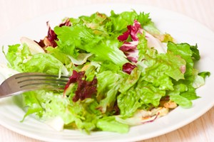 are-pre-packed-salads-safe-in-pregnancy_59041