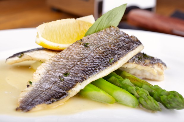are-sea-bass-sea-bream-halibut-and-turbot-safe-to-eat-when-pregnant_54045