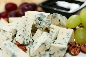 are-stilton-and-other-blue-cheeses-safe-in-pregnancy_55546