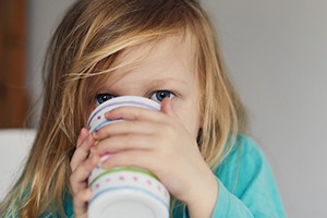 at-what-age-is-it-ok-let-your-child-drink-coffee_207249