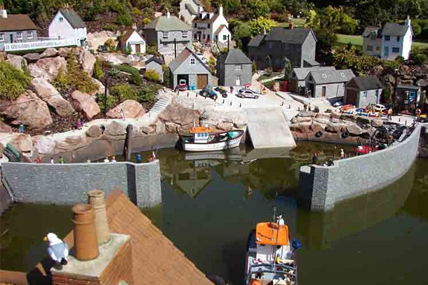 babbacombe-model-village-review-for-families_59361