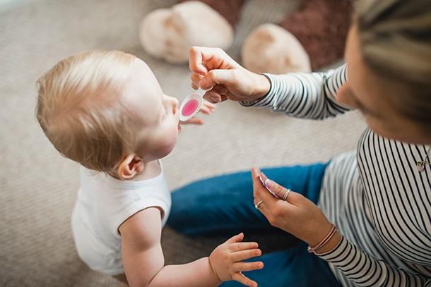 baby-medicines-ibuprofen-or-paracetamol_216945