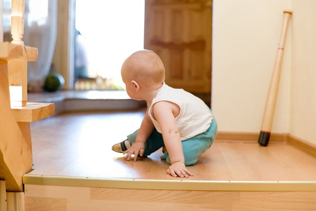 baby-safety-your-room-by-room-guide_5356