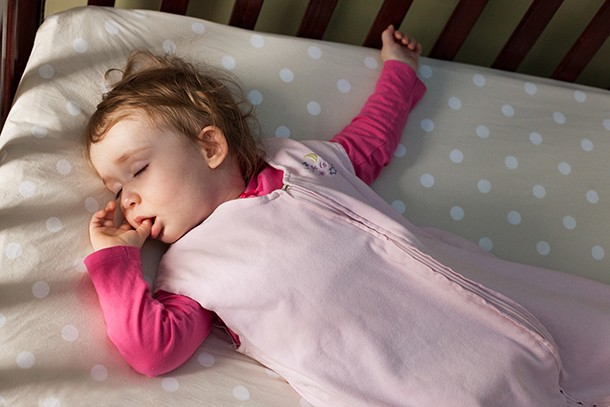 baby-sleeping-in-cold-weather_192945