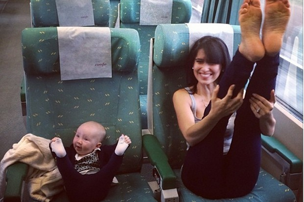 baby-yoga-on-a-train-yes-more-hilaria-baldwin_52013